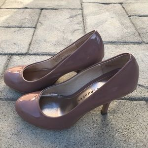 - *Chinese Laundry high heels color nude siz…